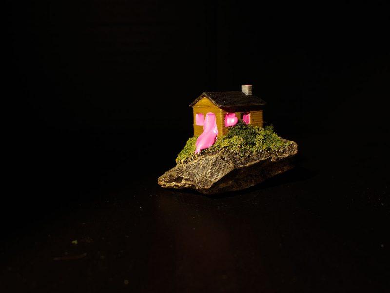 Odd Experiment #003: Bubblegum House